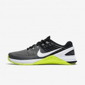 Nike metcon dsx flyknit para mujer gris oscuro/voltio/negro/blanco_164